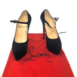 Christian Louboutins black with dust bag